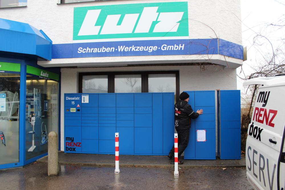 Zusammenstecken der Erweiterungsboxen der Lutz Abholbox